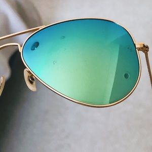 Ray-Ban Accessories - Ray Ban Green Mirrored Aviator Sunglasses RB3025